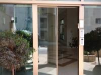 למה לבחור בדלת חשמלית לבניין?